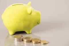Économie de pièces de monnaie photographie stock