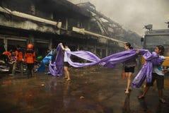 ÉCONOMIE GLOBALE DE COUP DE PRIX DU PÉTROLE DE L'INDONÉSIE Image libre de droits