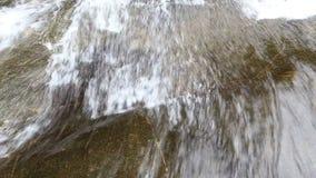 Écoulement d'eau en cascade de Khlong Plakang banque de vidéos