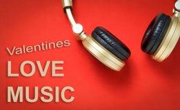 Écouteur de musique de chanson d'amour de valentines Photos libres de droits