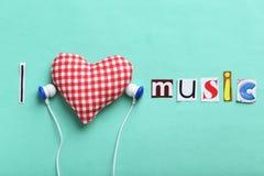 Écouteurs et coeur Photos libres de droits