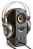 Écouteurs et haut-parleur d'ordinateur Images stock