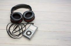 Écouteurs et joueur Photo libre de droits