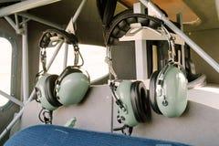 Écouteurs par radio pilotes Images libres de droits