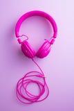 Écouteurs roses de vintage Images stock