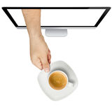 Écran de café de portion de main d'isolement Photo stock