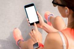 Écran de téléphone d'apparence de femme de taches Photo libre de droits