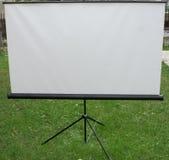 Écran mat blanc de trépied Photo libre de droits