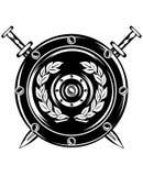 Écran protecteur et épées croisées Photos stock
