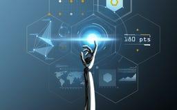 Écran virtuel émouvant de main de robot au-dessus de bleu Image stock