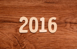 2016 écrit sur le bois Photo libre de droits
