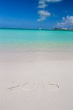 2016 écrit sur le sable blanc de plage tropicale avec Photos libres de droits