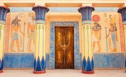Écriture égyptienne antique sur la pierre en Egypte image stock