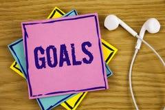 Écriture conceptuelle de main montrant des buts La photo d'affaires présentant des accomplissements désirés vise ce que vous voul Photographie stock libre de droits