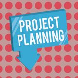 Écriture conceptuelle de main montrant la planification de projets Programmes des textes de photo d'affaires tels que des diagram illustration libre de droits