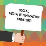 Écriture conceptuelle de main montrant la stratégie d'optimisation sociale de médias Photo d'affaires présentant SEO Advertising  illustration libre de droits