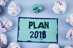 Écriture conceptuelle de main montrant le plan 2018 Buts provocants de présentation d'idées de photo d'affaires pour que la motiv Photographie stock libre de droits