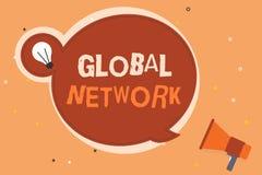 Écriture conceptuelle de main montrant le réseau global Photo d'affaires présentant tout système de communication qui enjambe la  photographie stock libre de droits