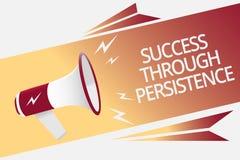 Écriture conceptuelle de main montrant le succès par la persistance Le texte de photo d'affaires n'abandonnent jamais afin d'atte illustration de vecteur