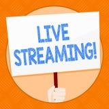 Écriture conceptuelle de main montrant Live Streaming Technologie de multimédia en temps réel de présentation de transmission de  illustration libre de droits