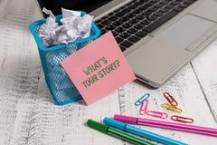 Écrivant la représentation de note quel S est votre Storyquestion Analysisner de présentation de photo d'affaires de demander dém images libres de droits