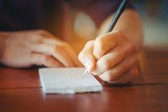 Écrivez un article concernant l'amour photo stock