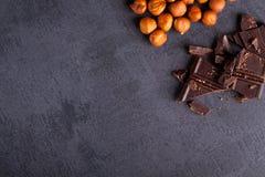 Écrou et chocolat Photos libres de droits