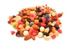 Écrous mélangés et fruits secs Images stock