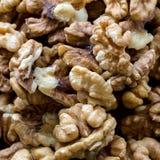 Écrous organiques frais crus de noix image libre de droits