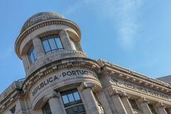 Édifice bancaire de Porto photographie stock libre de droits