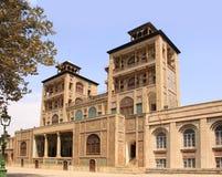 Édifice du Sun (ol Emareh de feintes) dans le palais de Golestan (Iran) image stock