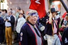 Éditorial, le 4 octobre 2015 : Barr, France : DES Vendanges de fête Photo stock