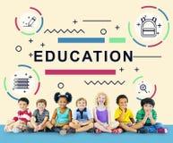 Éducation apprenant le concept de graphique de personnes de développement d'étudiants Image libre de droits