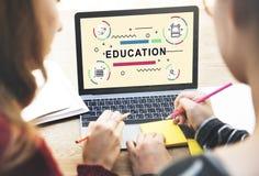 Éducation apprenant le concept de graphique de personnes de développement d'étudiants Photographie stock