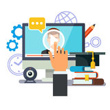 Éducation et obtention du diplôme en ligne Apprentissage du concept photo stock