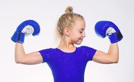 Éducation pour la direction et le gagnant Boxe forte d'enfant Concept de sport et de santé Sport de boxe pour la femelle Soyez fo image libre de droits