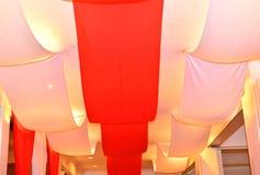 également en tant qu'hiver de rue de Pétersbourg de palais de musée connu par ermitage de décoration de plafond Images stock