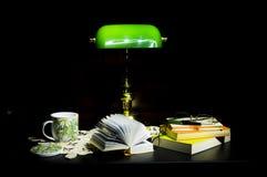 Égaliser tranquille à la maison Photo libre de droits