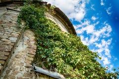 Église abandonnée dans Banostor de Serbie Images stock