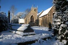 Église anglaise en hiver image stock