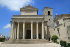Église au Saint-Marin Images libres de droits