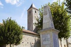 Église aux d'Entraigues France de rue Martin photographie stock libre de droits