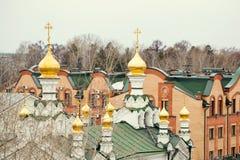 Église avec des dômes Photos stock