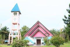Église avec le beffroi Photos libres de droits