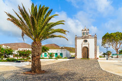 Église blanche dans le village de Guatiza Photo libre de droits
