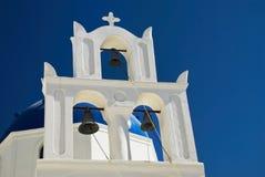 Église blanche sur l'île grecque de Santorini Photos libres de droits