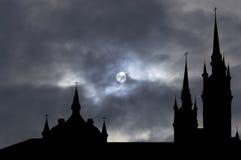 Église catholique avec le chemin de découpage illustration de vecteur