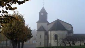 Église catholique dans une ville française provinciale Photographie stock