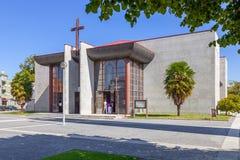 Église catholique moderne en Vila Nova de Famalicao Photographie stock libre de droits