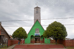 Église chez Curaco de Velez, île de Quinchao, Chili Photos libres de droits